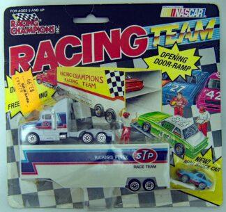 RICHARD PETTY RACE TEAM 1991 RACING CHAMPIONS SEMI Hauler WITH MINI CAR